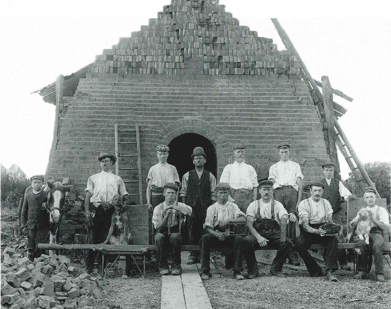 Workers otside the Scotch Kiln. Year unknown