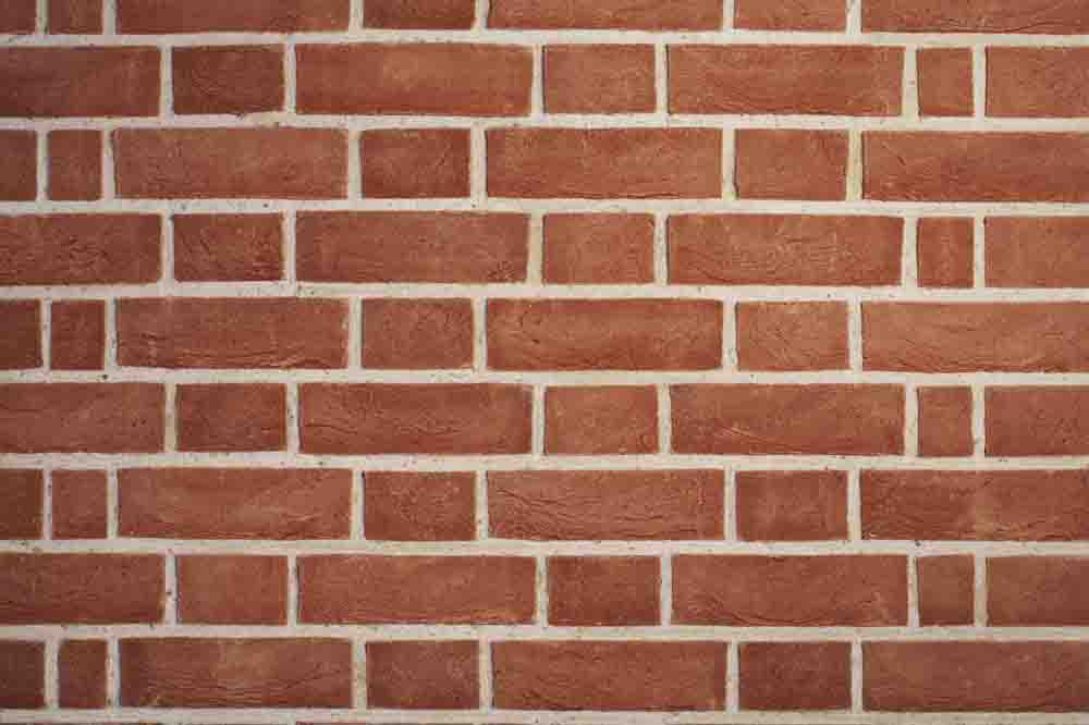 W h collier bricks